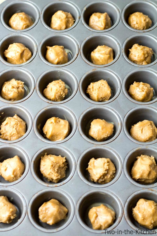 Chocolate Frosted Peanut Butter Cookie Cups  Two in the Kitchen t