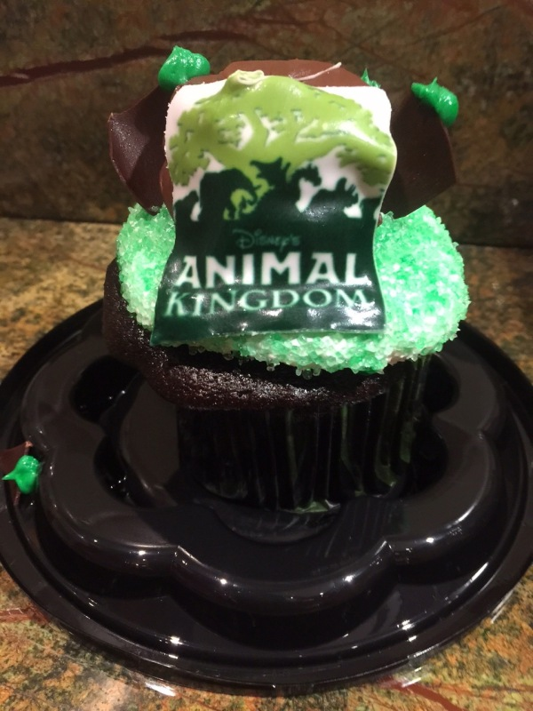 ANimal Kingdom Cupcake