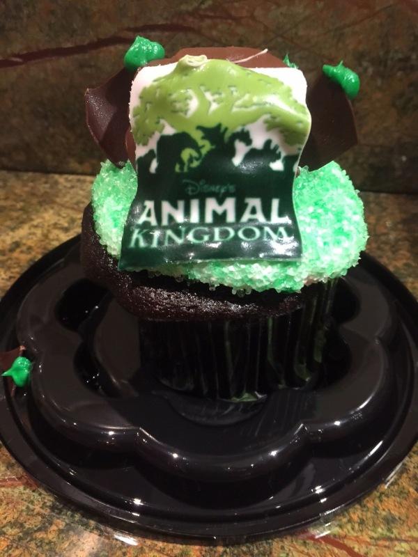 ANimal Kingdom Cupcake